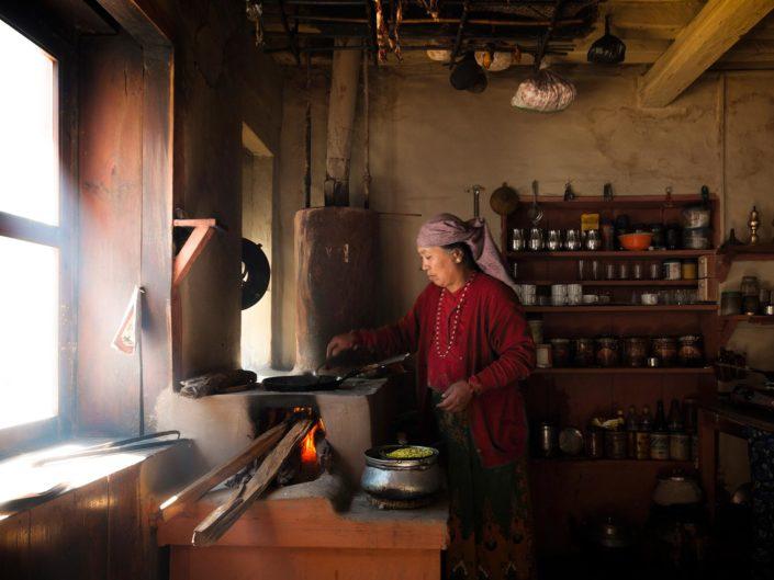 trek-annapurnas-nepal
