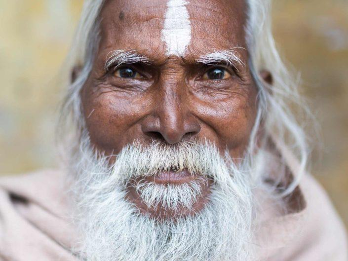 sadhu-varanasi-baba