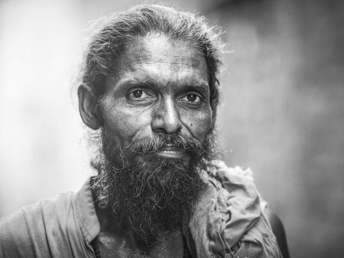 sadhu-varanasi-gonpoullet